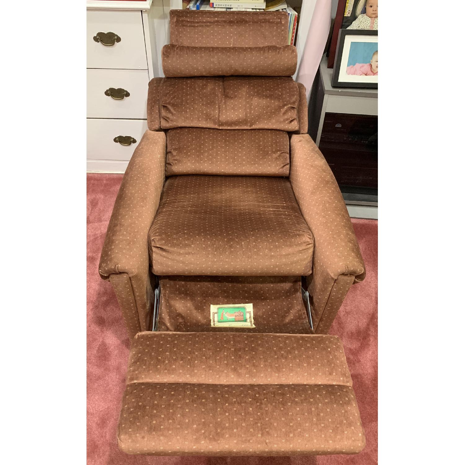 Castro Convertibles Reading/Recliner Chair - image-1