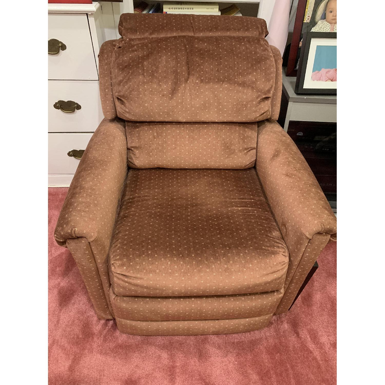 Castro Convertibles Reading/Recliner Chair - image-4