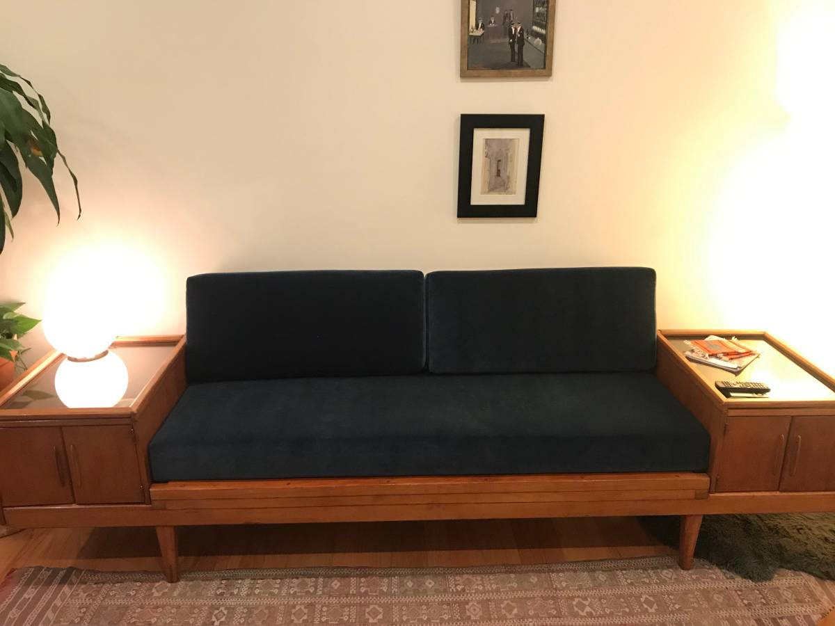 Outstanding Wooden Platform Sofa W Built On Vitrines Aptdeco Uwap Interior Chair Design Uwaporg