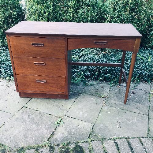 Lane Furniture Altavista Writing desk