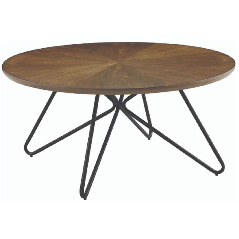 Round Coffee Table W Hairpin Legs Aptdeco
