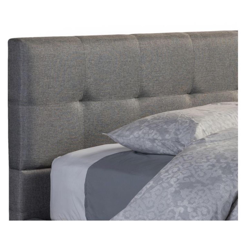 Regatta Modern Gray Upholstered Queen Platform Bed