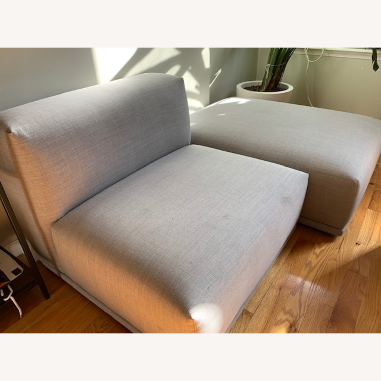 Muuto Connect Armless Chair - image-1