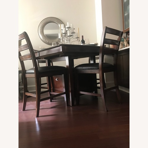 Rooms To Go 7-Piece Dining Set w/ Built-in Leaf & Storage