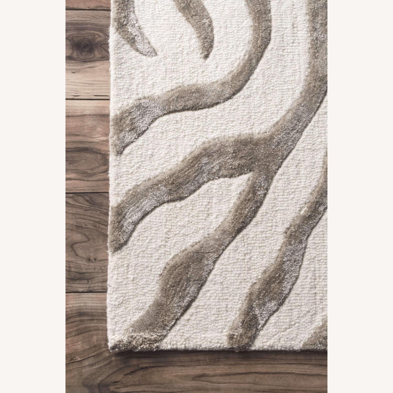 Nuloom Round Plush Zebra rug - image-3