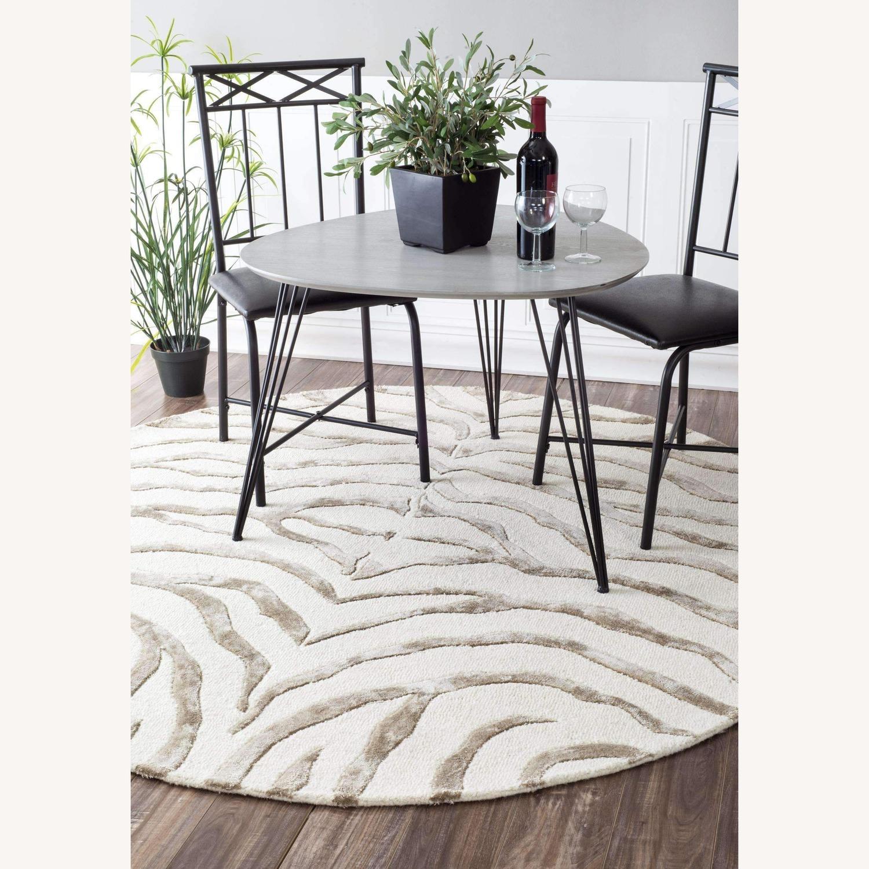Nuloom Round Plush Zebra rug - image-0