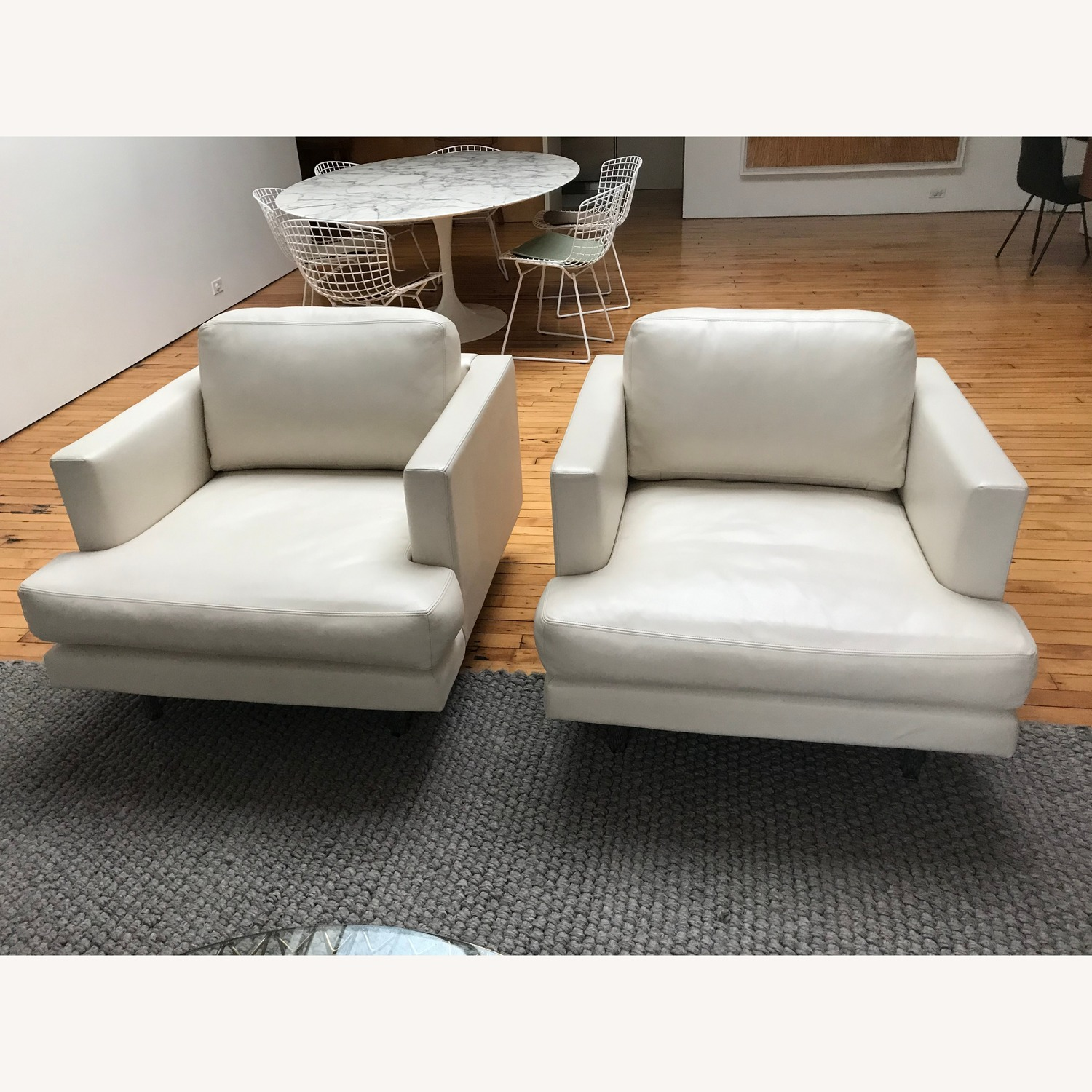 Knoll D'Urso Leather Lounge Chairs