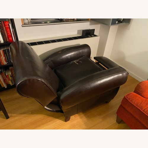 Classic Leather Recliner
