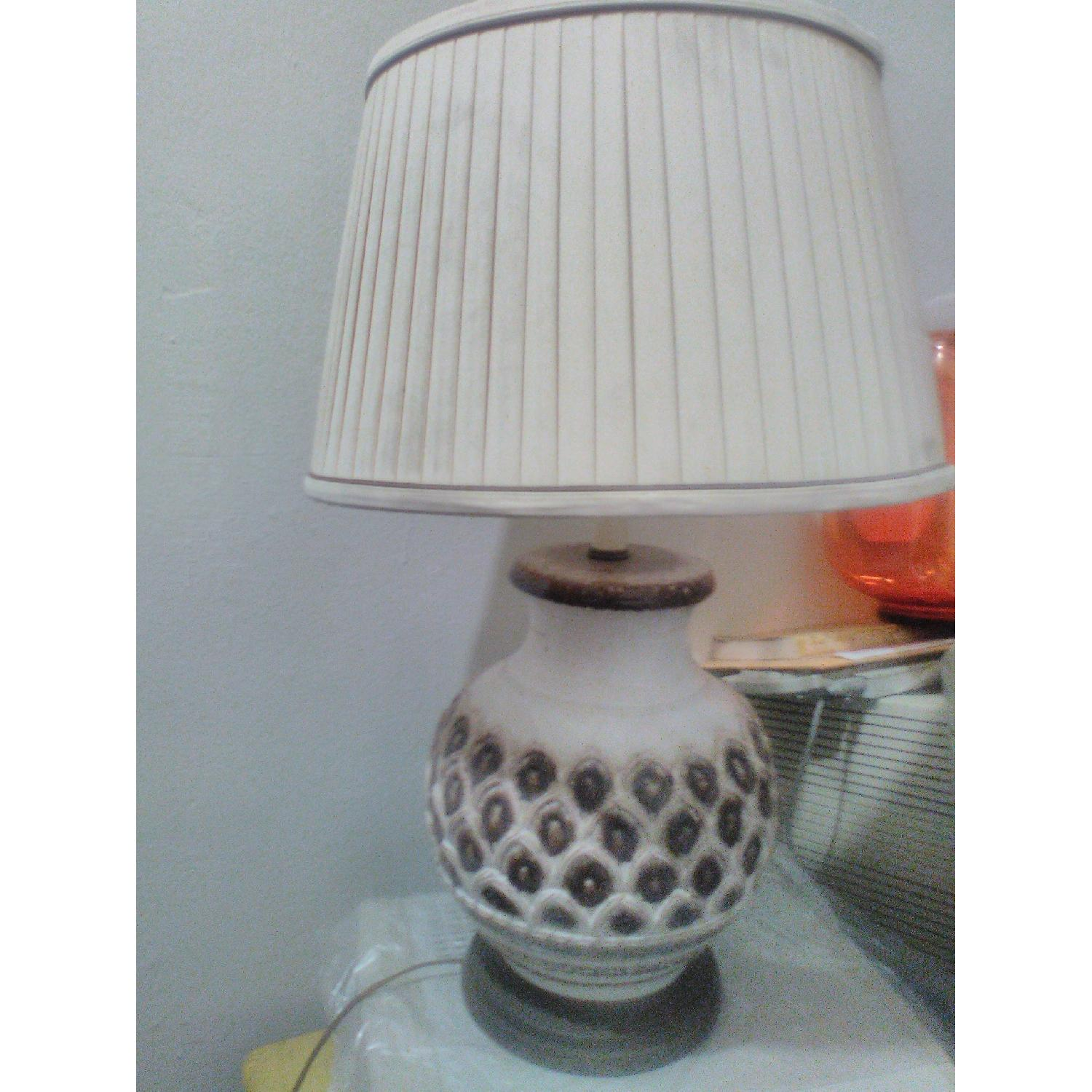 Retro Table Lamp - image-0