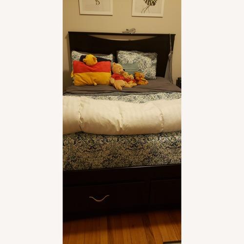 Ashley Modern Queen Bed w/ Storage