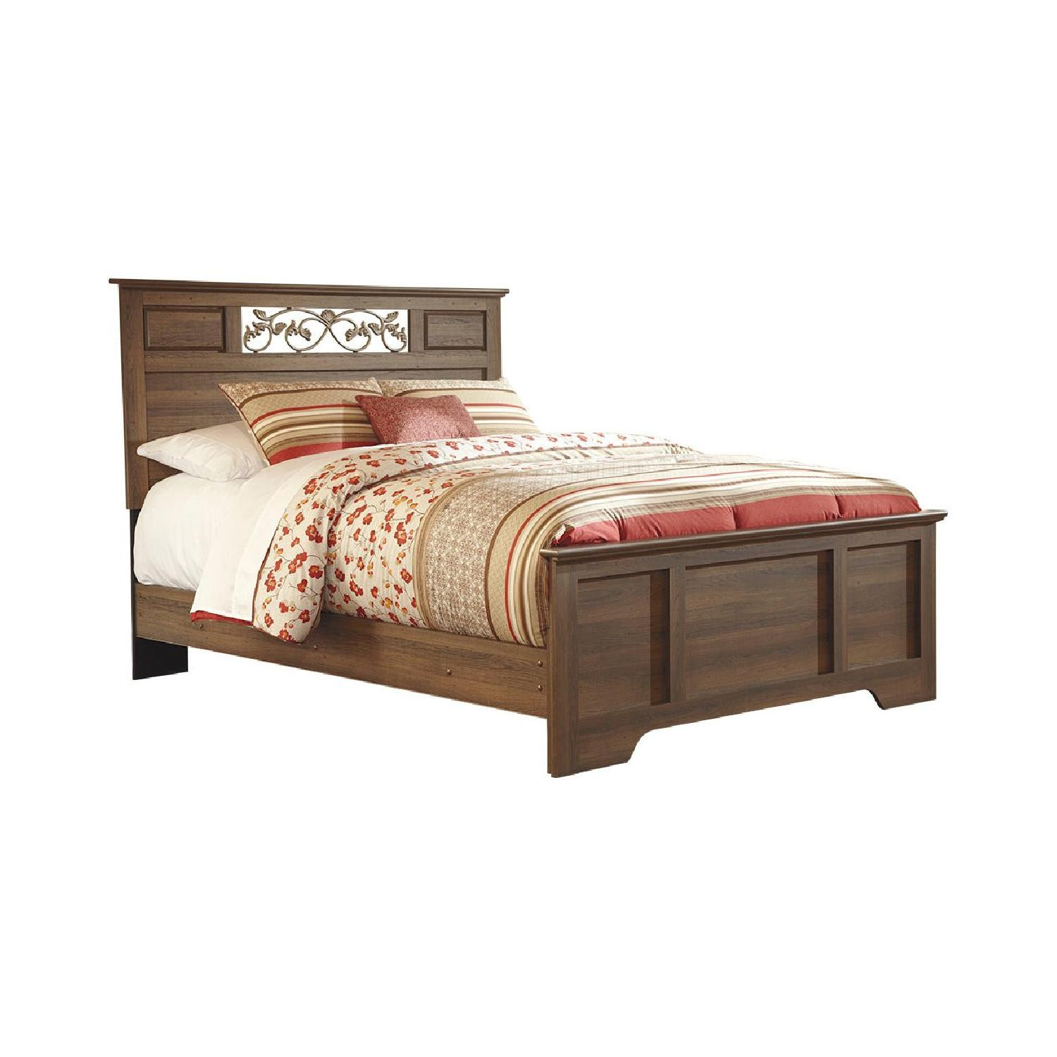 Ashley Allymore Queen Panel Bed - image-0