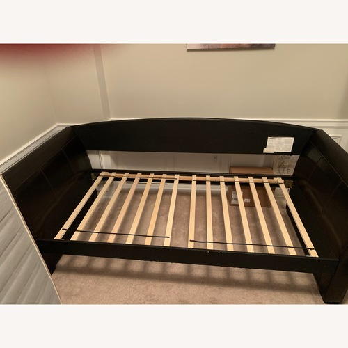 Comfy durable day bed
