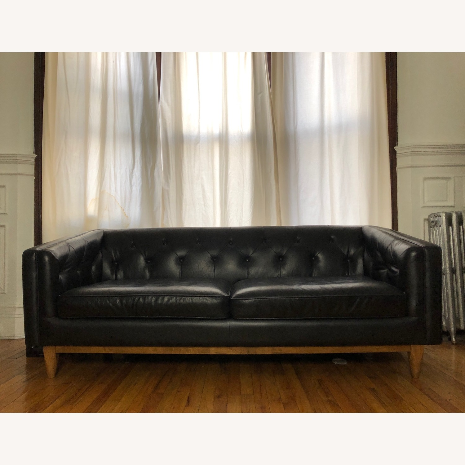 Article Black Leather Sofa - image-1