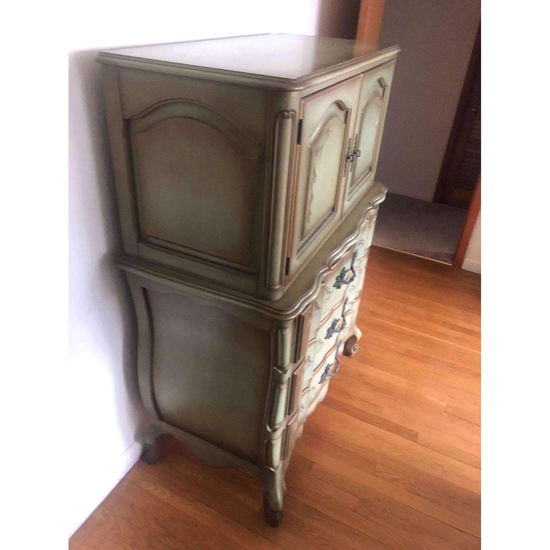 Vintage 1970s French Provincial Dresser - image-8