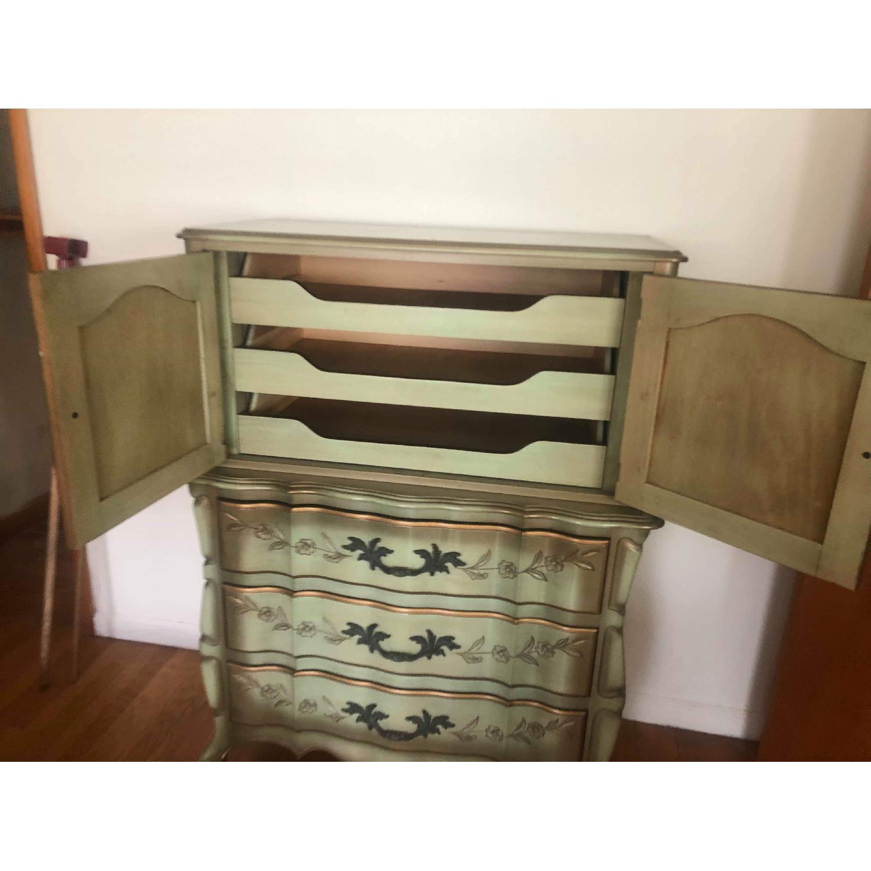 Vintage 1970s French Provincial Dresser - image-15