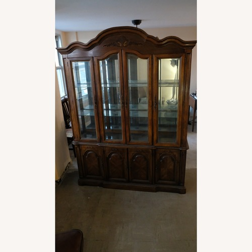 China Cabinet with eternal character