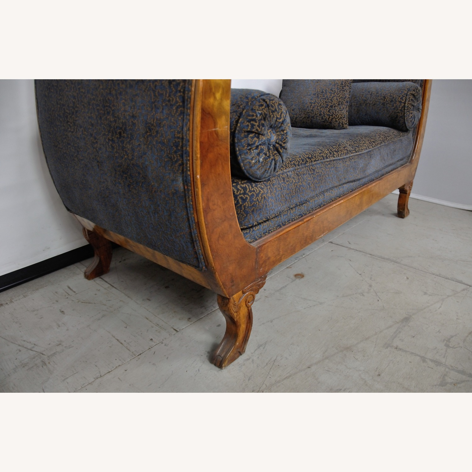 Vintage Victorian Style Sofa - image-10