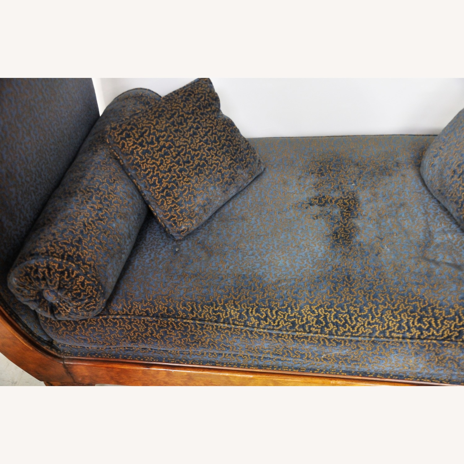Vintage Victorian Style Sofa - image-12