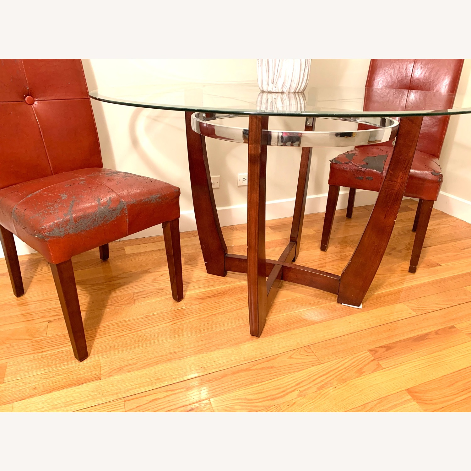 Round Glass Top Dining Table w/ 2 Chairs