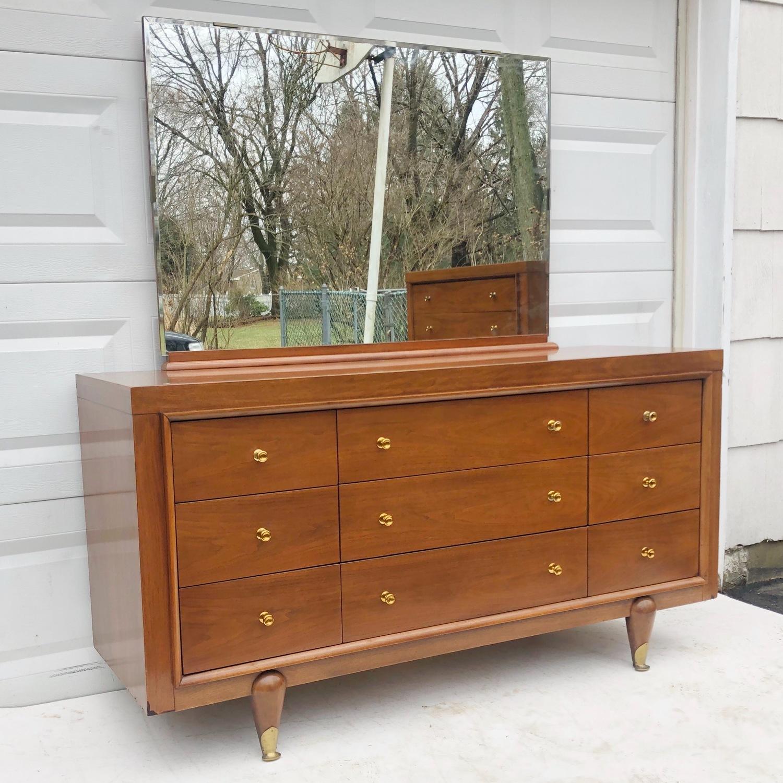 Kent Coffey Mid-Century Modern Dresser w/ Mirror - image-3