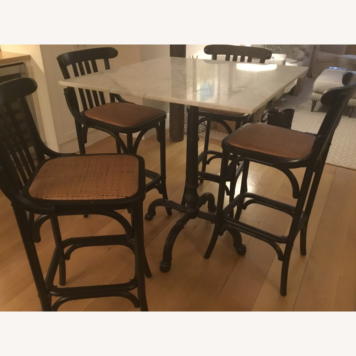 Marble topped table with four matching bar stools - image-2