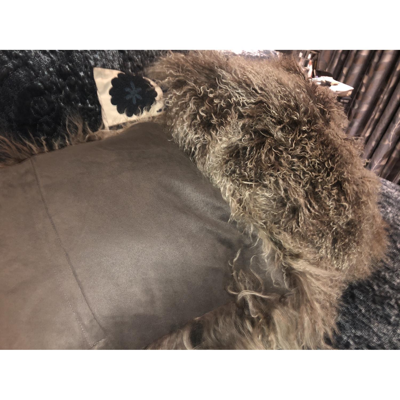 Fur pillows - image-1