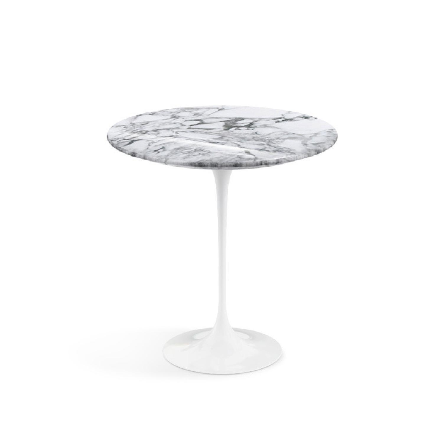 Original Knoll Saarinen Side Table with Marble top - image-0