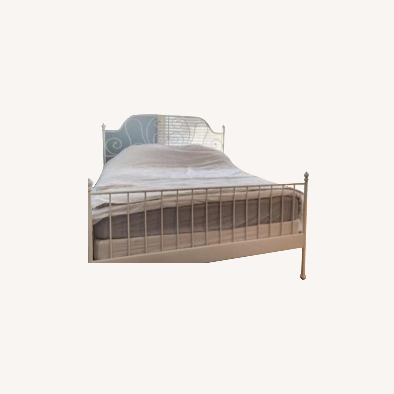 Ikea bed - like new - image-0