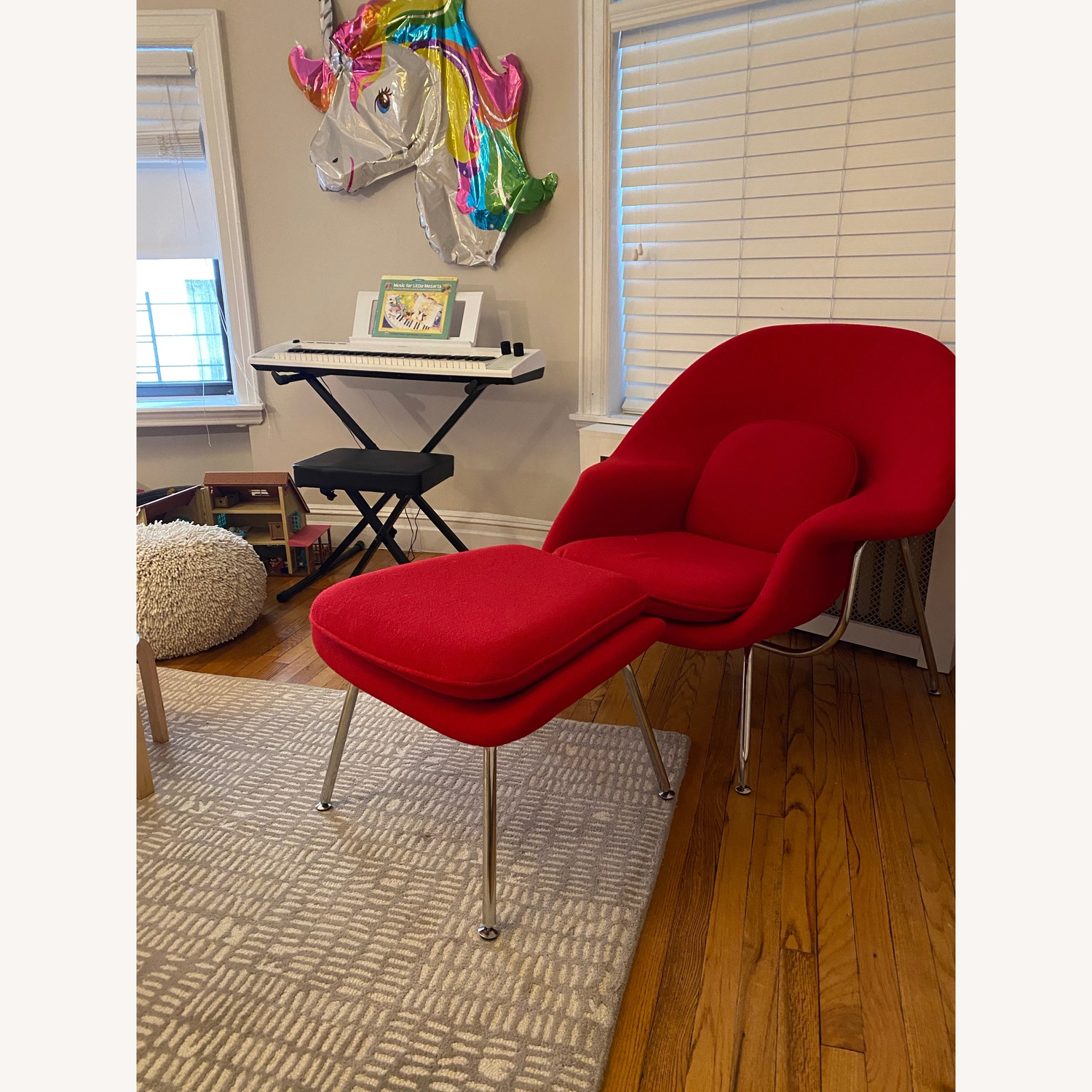 Saarinen Womb Chair and Ottoman