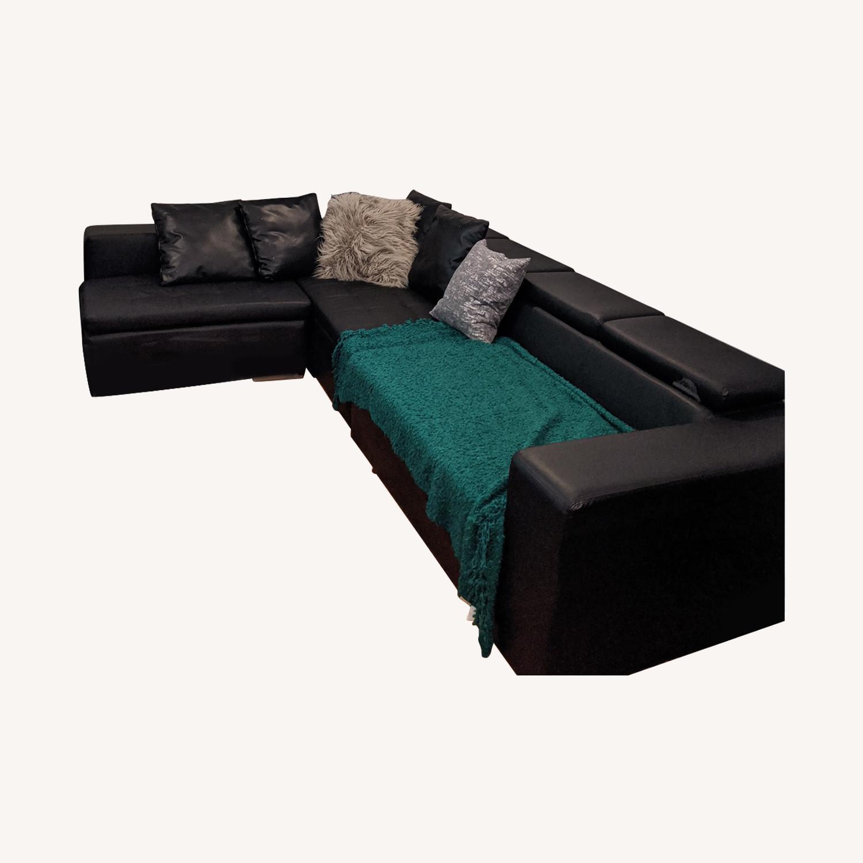 Modani Montecarlo Black Sectional Leather Sofa
