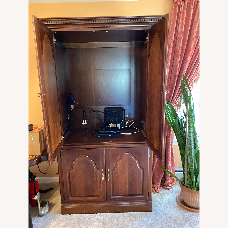 Cherry wood armoire - image-2