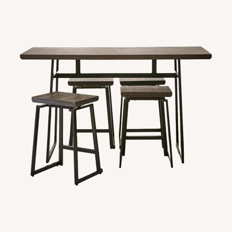 Like new perfect NYC sized counter set! - image-2