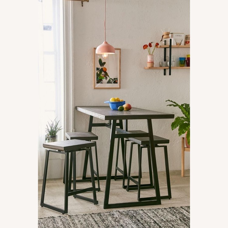 Like new perfect NYC sized counter set! - image-0