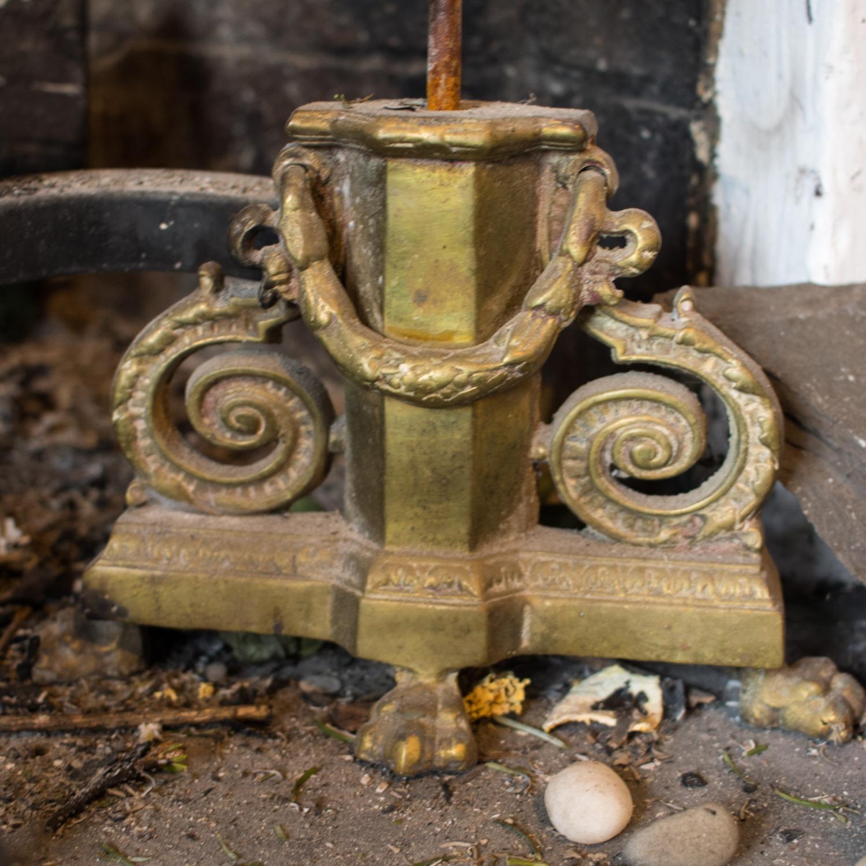 Vintage Brass 3-piece fireplace set: Fender & Andirons - image-5