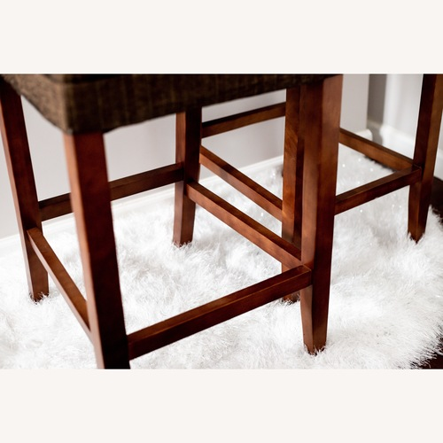 Used Target Comfortable Contemporary Barstools for sale on AptDeco