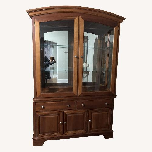 Used Stanley furniture china cabinet with hutch for sale on AptDeco