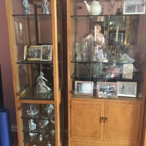 Used Oak Thomasville 3 Piece Wall/Storage Unit for sale on AptDeco