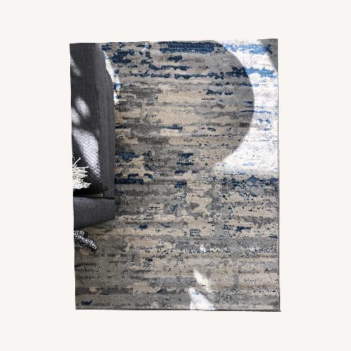 Used Safavieh Shreya Modern Abstract Rug for sale on AptDeco