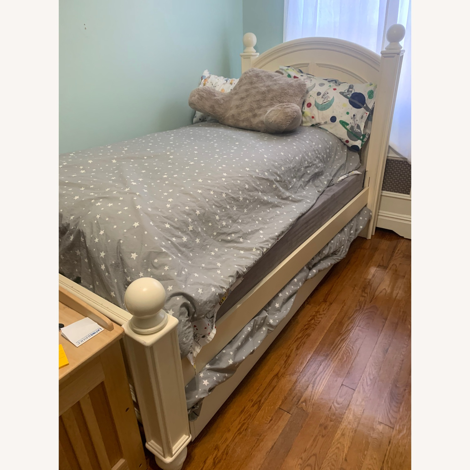 Pottery barn kids bed with trundle - image-0