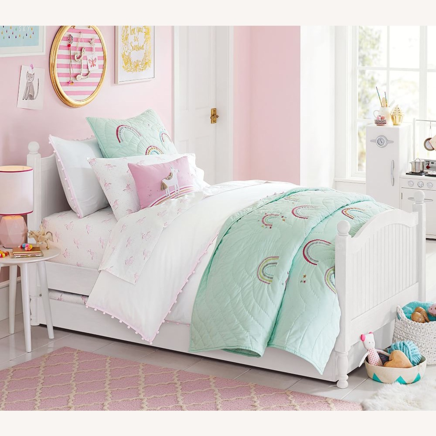 Pottery barn kids bed with trundle - image-3