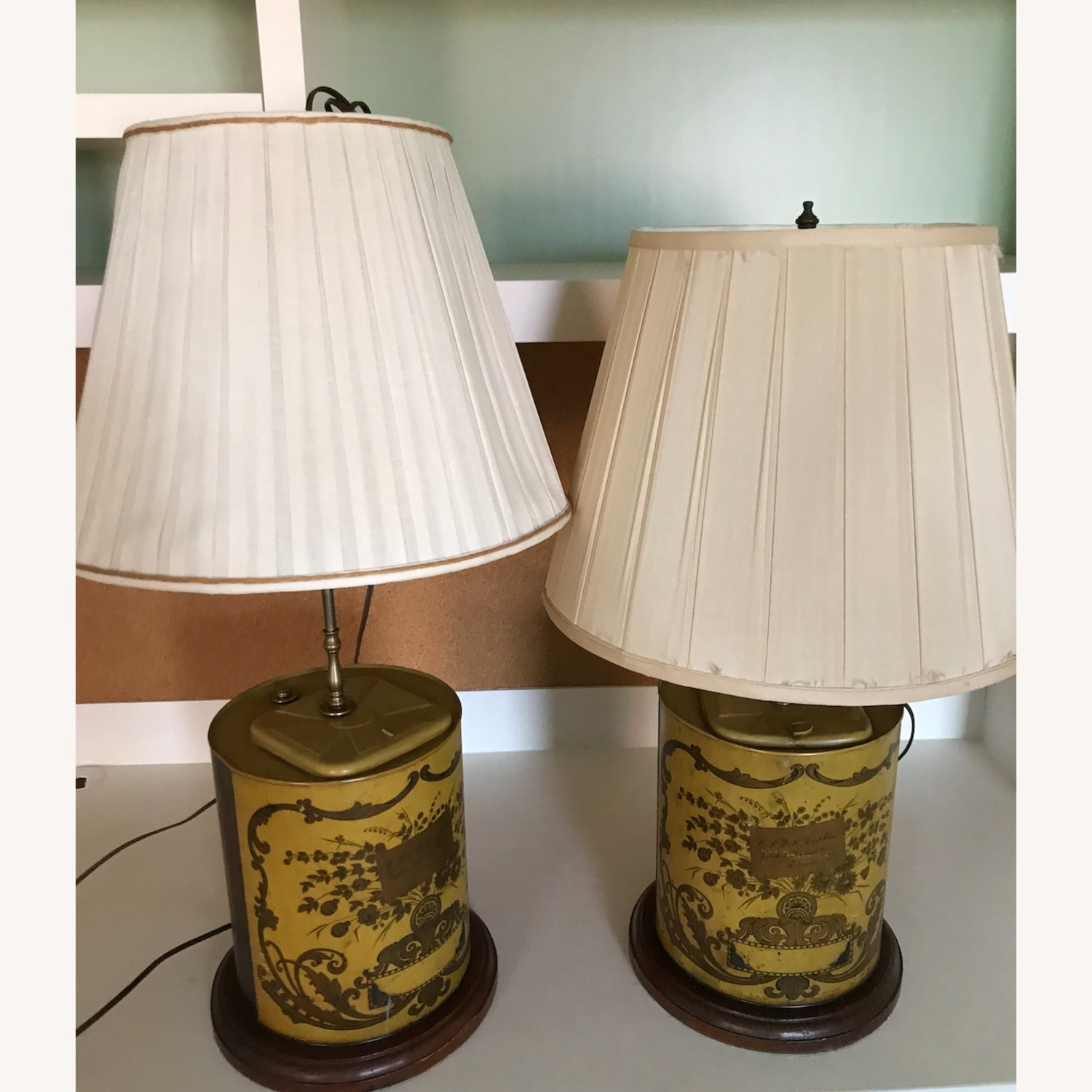 Vintage Oil Can Lamps With Shades