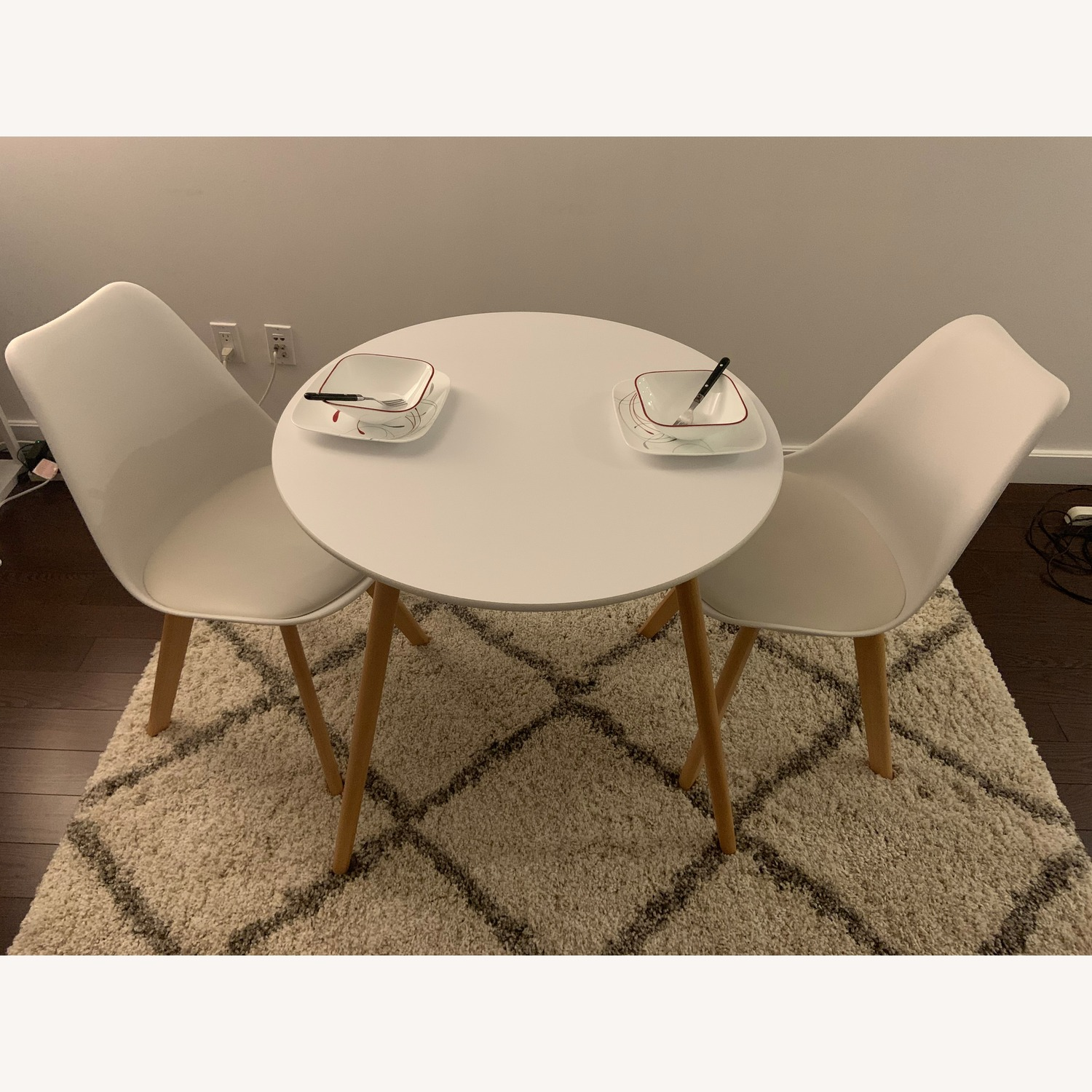 Mid-Century Modern Dining Table Set with 2 Chairs
