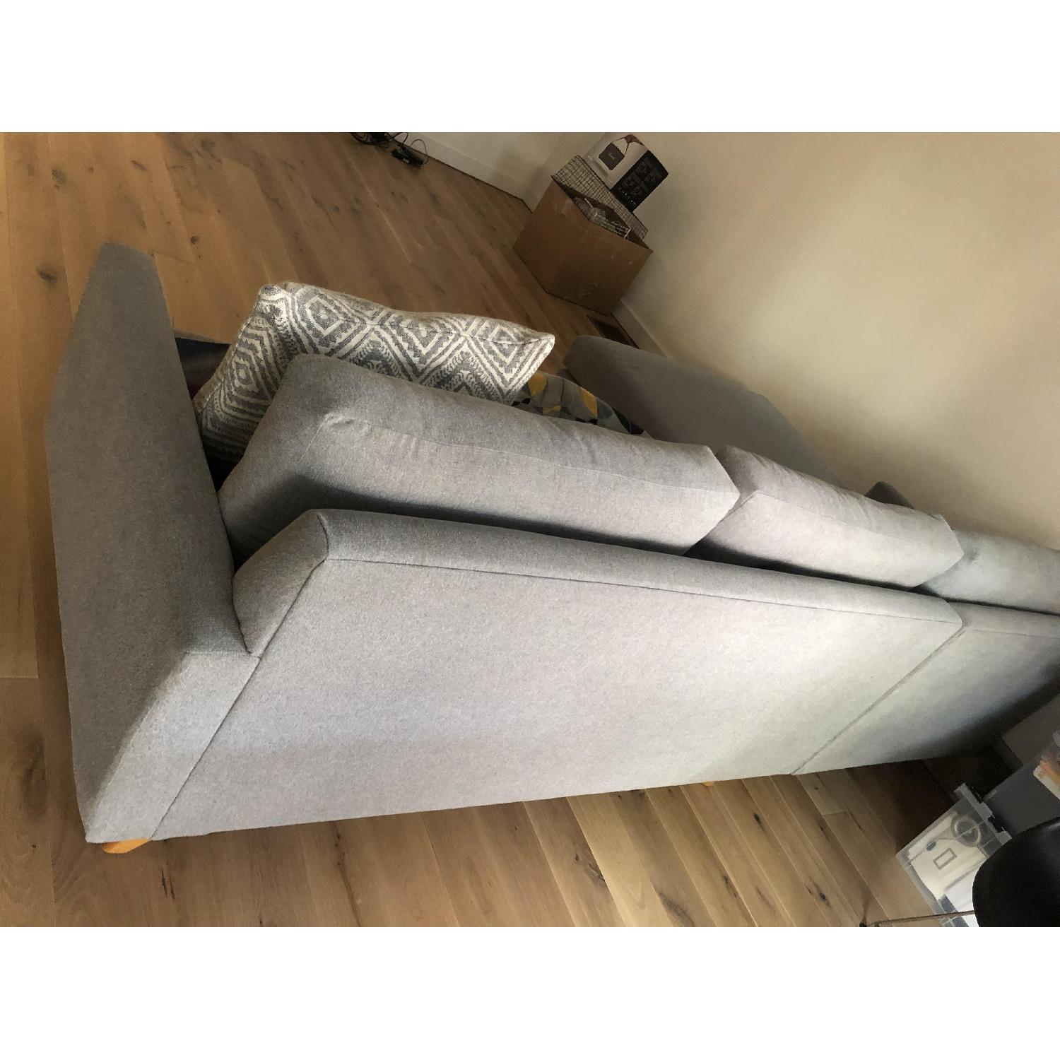 Thrive Furniture Grey Fillmore Sectional