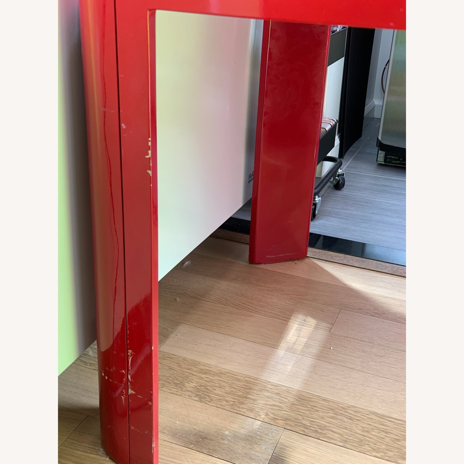 Red Lacquered Small Dining Table