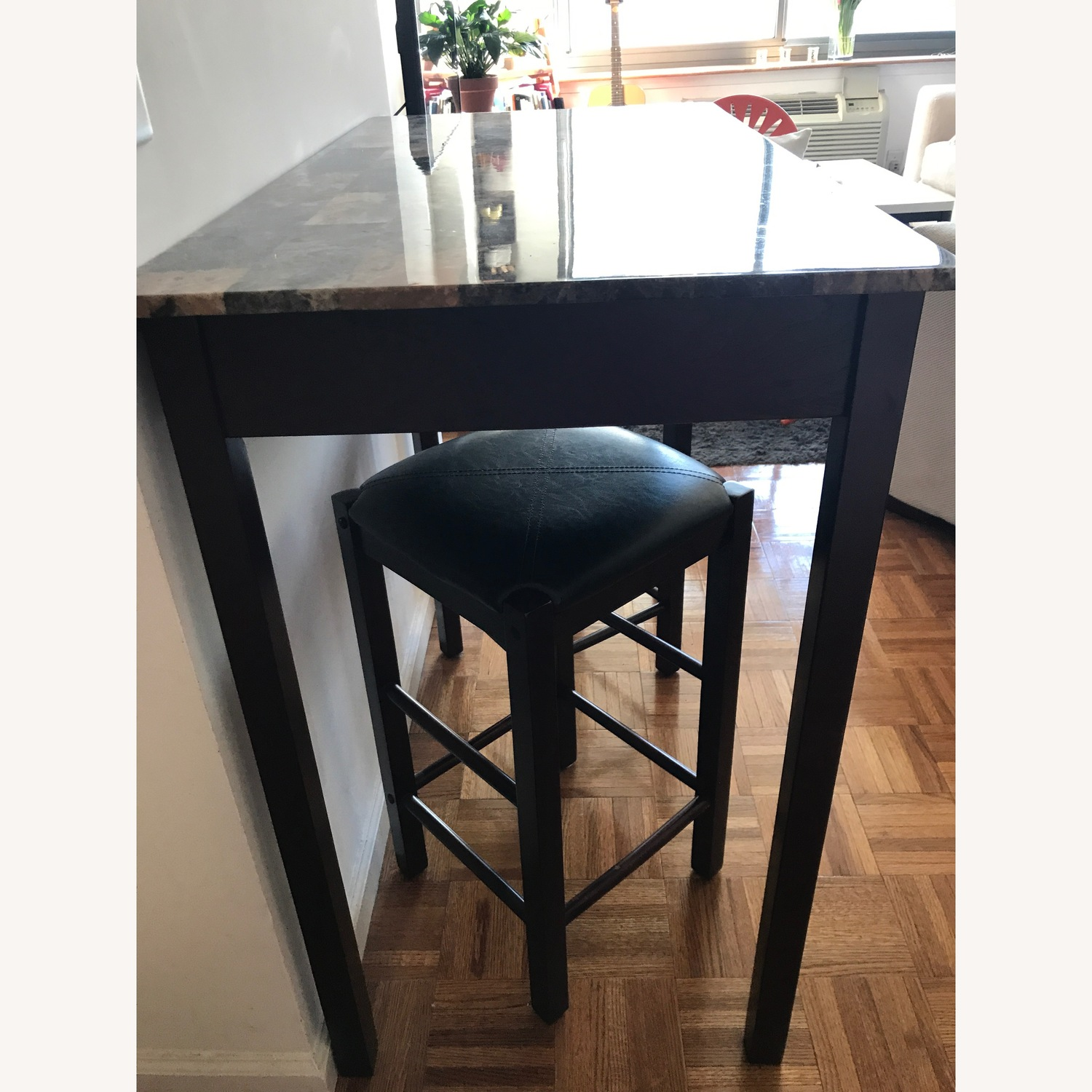 Marble Breakfast Bar with Two Matching Stools