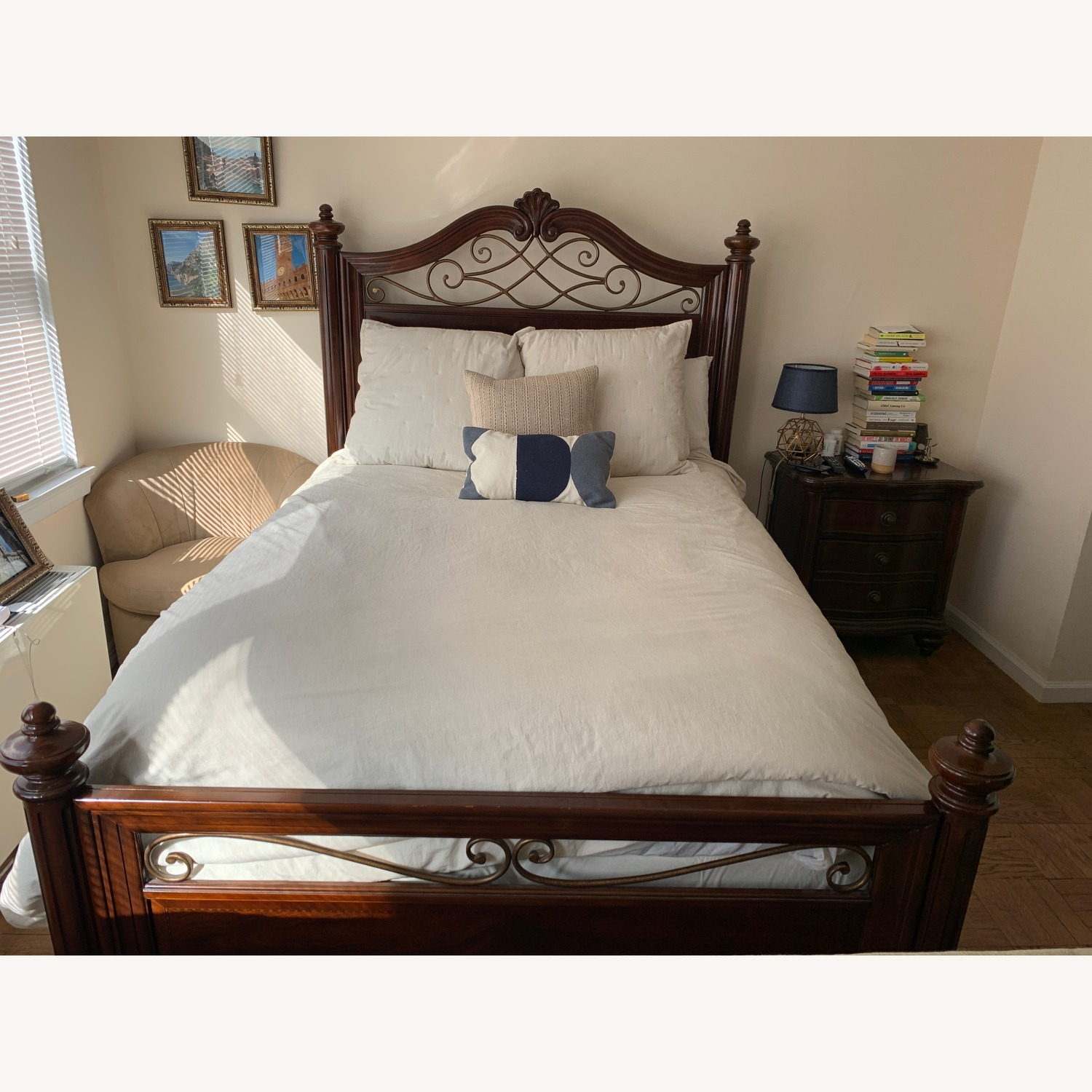 Raymour & Flanigan Queen Bed Wood Frame - AptDeco