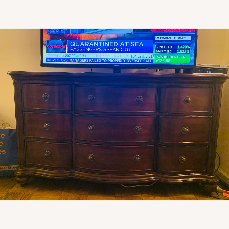 Raymour & Flanigan Wood Dresser