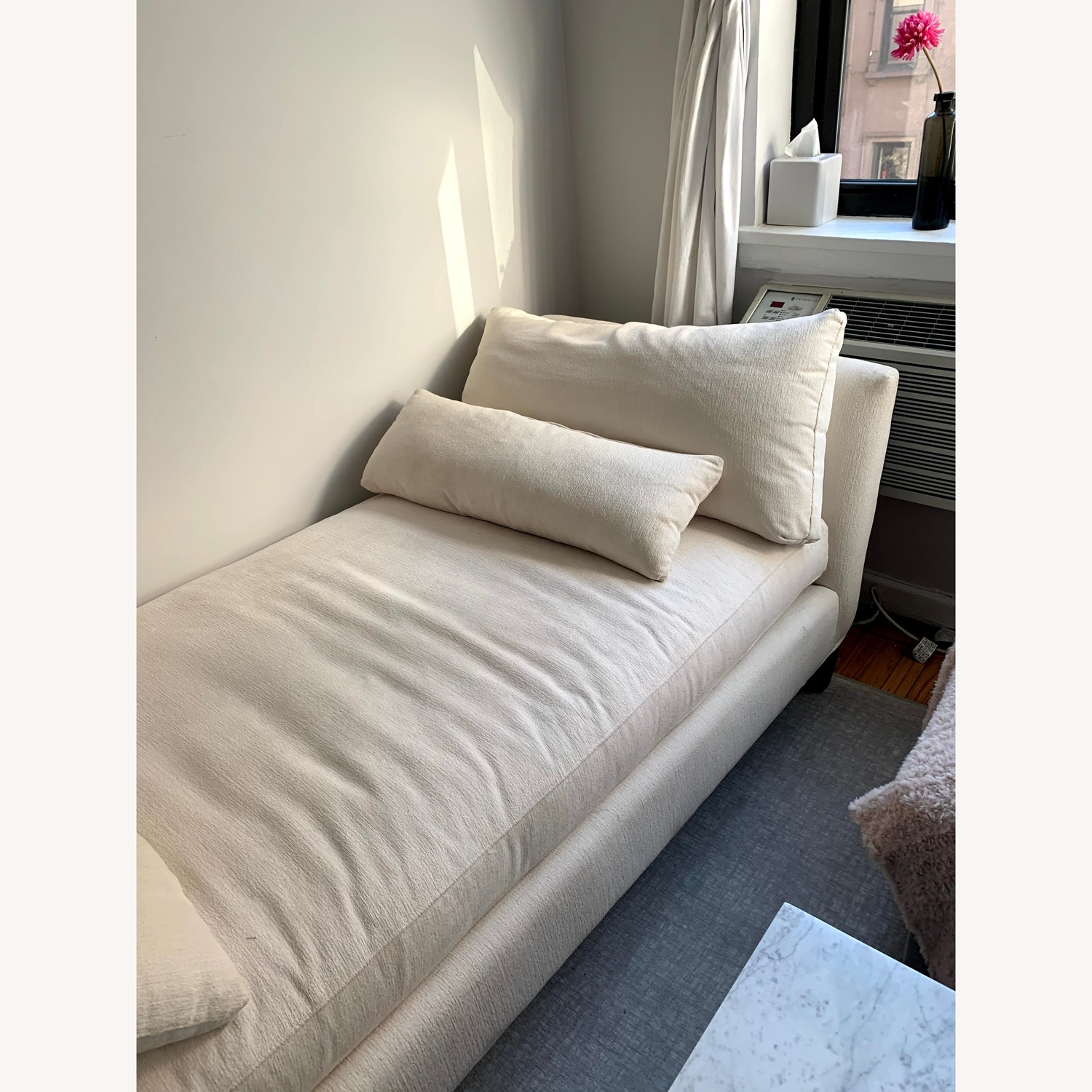 Crate and Barrel Daybed