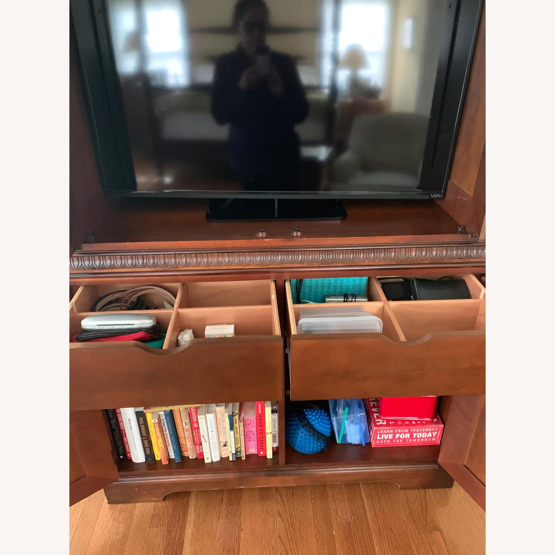 Hekman Media Storage
