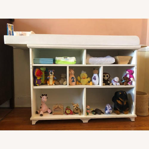 Used Pottery Barn Extra-wide Changing Table for sale on AptDeco